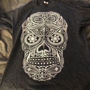Sweaters - Sugar skull tee shirt